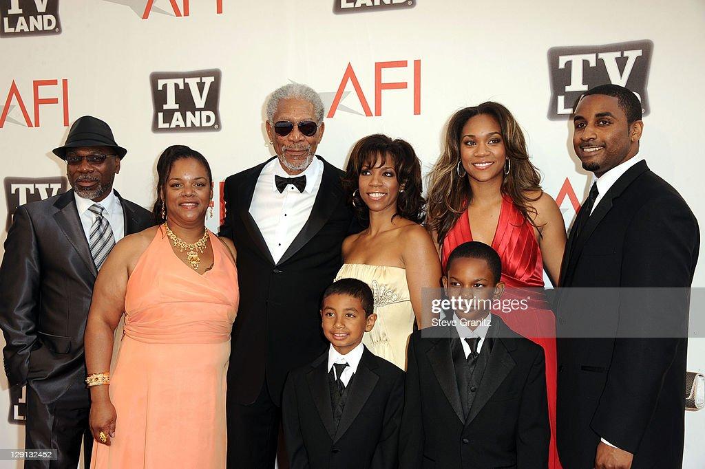 AFI's 39th Annual Achievement Award Honoring Morgan Freeman - Arrivals : Fotografia de notícias