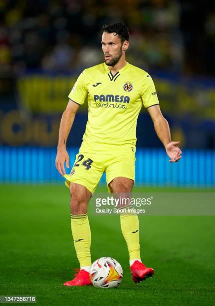 Alfonso Pedraza of Villarreal CF in action during the La Liga Santander match between Villarreal CF and CA Osasuna at Estadio de la Ceramica on...