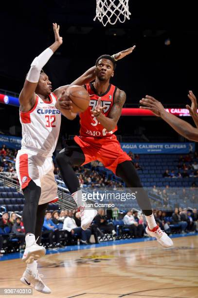 Alfonzo McKinnie of the Raptors 905 goes to the basket against the Agua Caliente Clippers on March 22 2018 at the Citizens Business Bank Arena in...