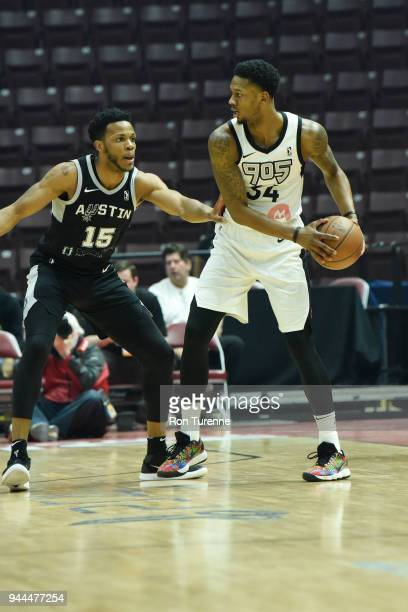 Alfonzo McKinnie of the Raptors 905 handles the ball during the game against Jaron Blossomgame of the Austin Spurs during Round Two of the NBA...