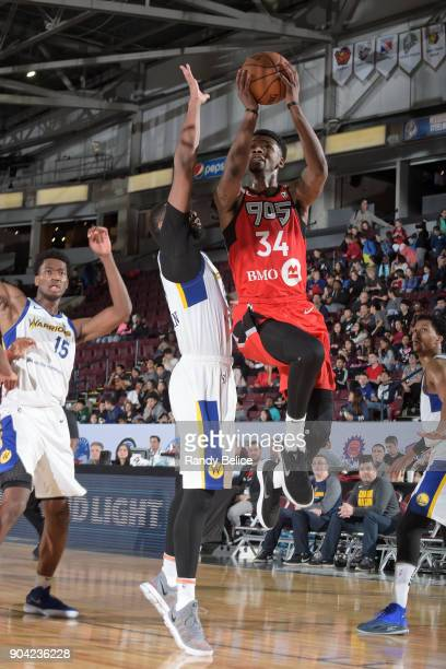 Alfonzo McKinnie of the Raptors 905 shoots the ball against the Santa Cruz Warriors during the GLeague Showcase on January 11 2018 at the Hershey...