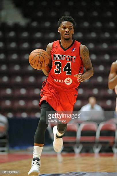 Alfonzo McKinnie of the Windy City Bulls handles the ball against the Delaware 87ers as part of 2017 NBA DLeague Showcase at the Hershey Centre on...