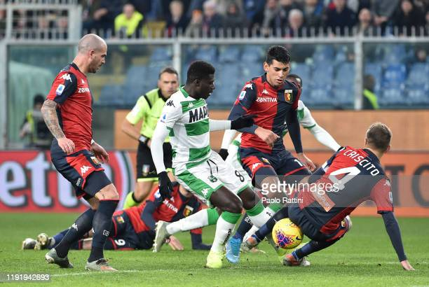 Alfred Duncan of US Sassuolo in action during the Serie A match between Genoa CFC and US Sassuolo at Stadio Luigi Ferraris on January 5, 2020 in...