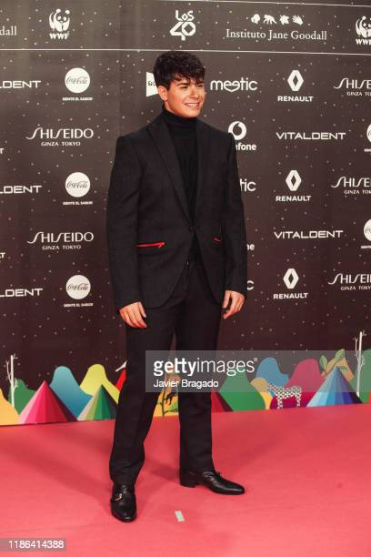 Alfred Garcia attends 'Los40 music awards 2019' photocall at Wizink Center on November 08, 2019 in Madrid, Spain.