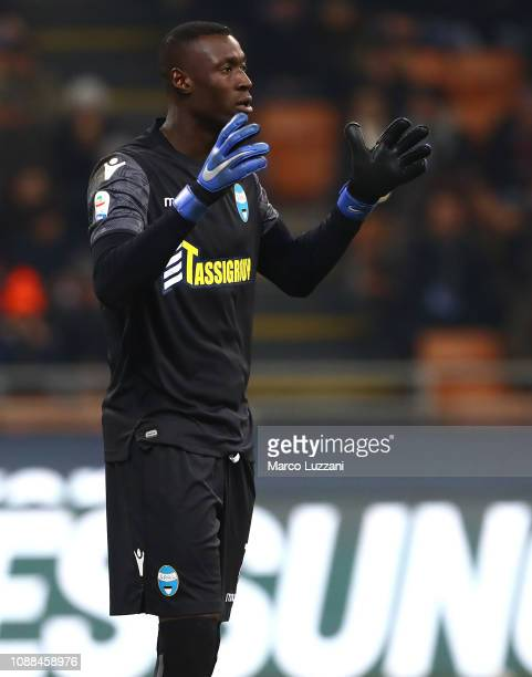 Alfred Gomis of Spal gestures during the Serie A match between AC Milan and SPAL at Stadio Giuseppe Meazza on December 29 2018 in Milan Italy