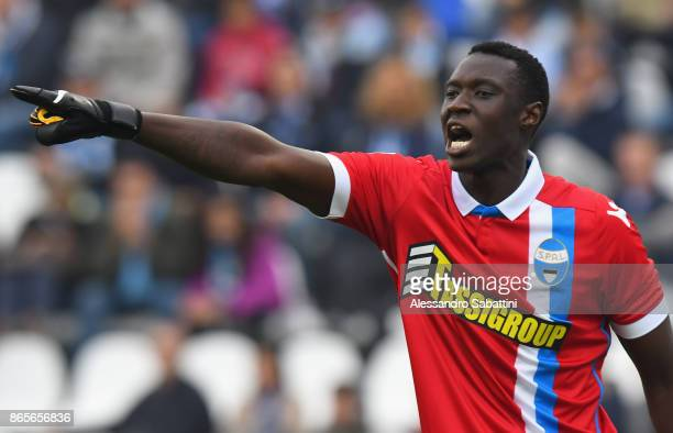 Alfred Gomis of Spal reacts during the Serie A match betweenSpal and US Sassuolo at Stadio Paolo Mazza on October 22 2017 in Ferrara Italy