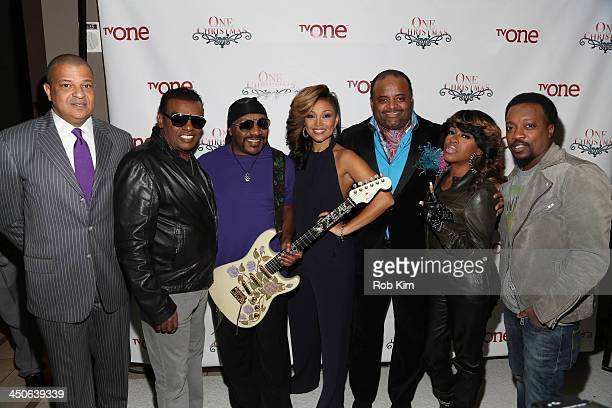 Alfred Liggins Ron Isley Ernie Isley Chante Moore Roland Martin Lil' Mo and Anthony Hamilton attend TV One's One Christmas Holiday Variety Special on...