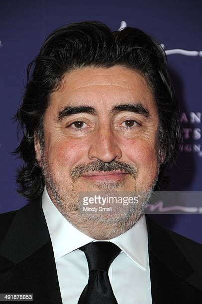 Alfred Molina arrives at the 9th Annual Human Rights Campaign Gala at the Wynn Las Vegas on May 17, 2014 in Las Vegas, Nevada.