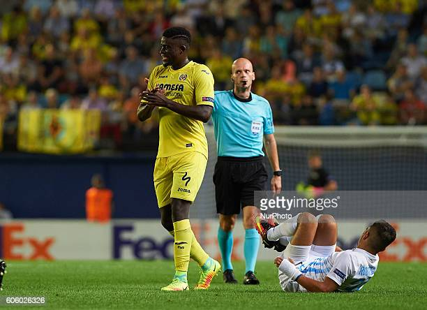 Alfred N'Diaye of Villarreal CF reacts during the UEFA Europa League match at Estadio El Madrigal Villarreal on september 15 2016