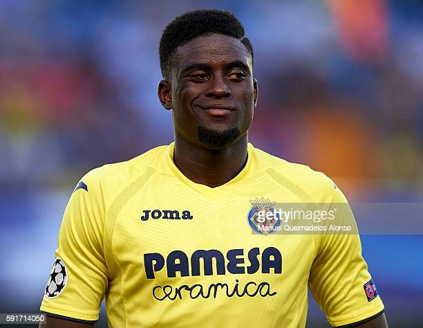 Alfred NDiaye of Villarreal looks on prior to the UEFA Champions League playoff first leg match between Villarreal CF and AS Monaco at El Madrigal on...