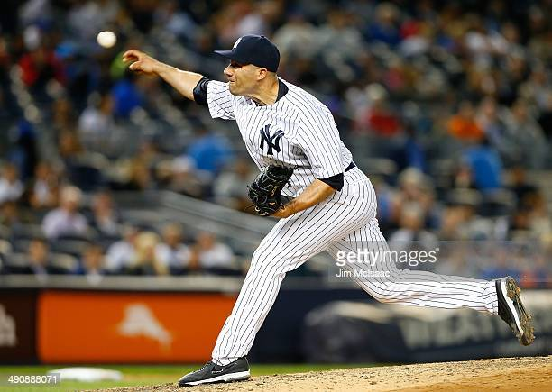 Alfredo Aceves of the New York Yankees in action against the New York Mets at Yankee Stadium on May 13 2014 in the Bronx borough of New York City The...