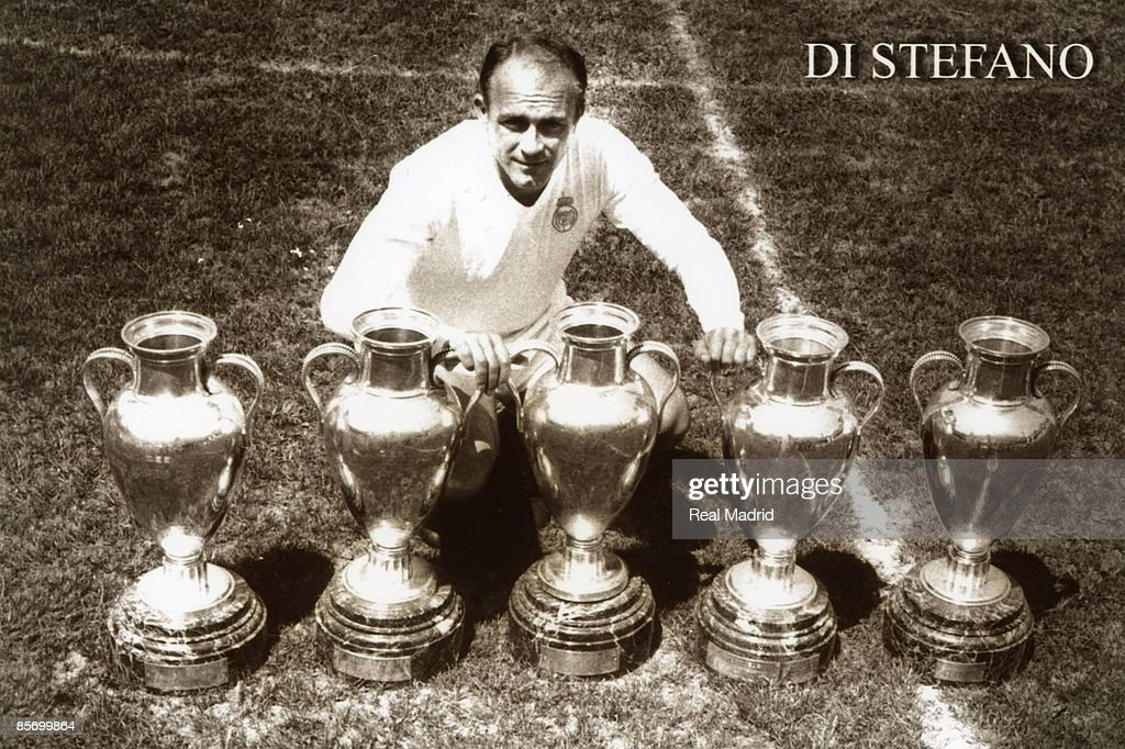 Alfredo Di Stefano Of Real Madrid : News Photo