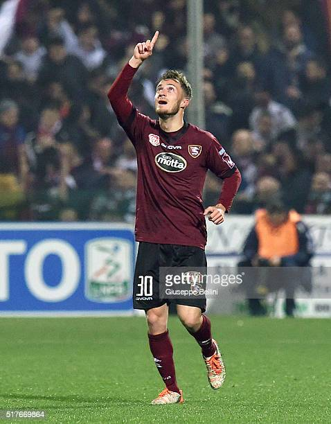 Alfredo Donnarumma of US Salernitana celebrates after scoring goal 11 during the serie B match between US Salernitana and FC Bari at Stadio Arechi on...