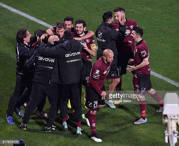 Alfredo Donnarumma of US Salernitana celebrates after scoring goal 33 during the serie B match between US Salernitana and FC Bari at Stadio Arechi on...