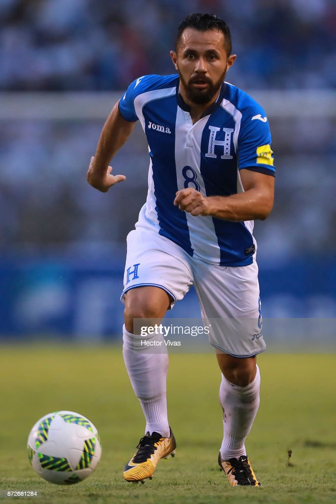 Alfredo Mejia of Honduras drives the ball during a first leg match between Honduras and Australia as part of FIFA World Cup Qualifiers Play Off at Estadio Olimpico Metropolitano on November 10, 2017 in San Pedro Sula, Honduras.