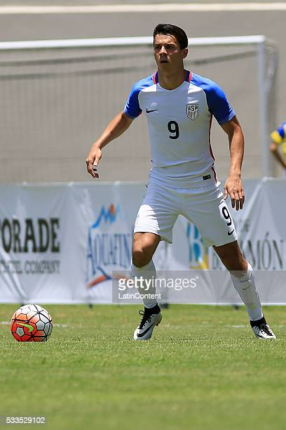 Alfredo Morales of USA controls the ball during an international friendly match between Puerto Rico and USA at Juan Ramon Loubriel Stadium on May 22...