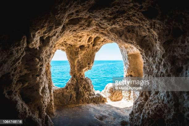 algar seco, carvoeiro, algarve, portugal - grotto stock pictures, royalty-free photos & images