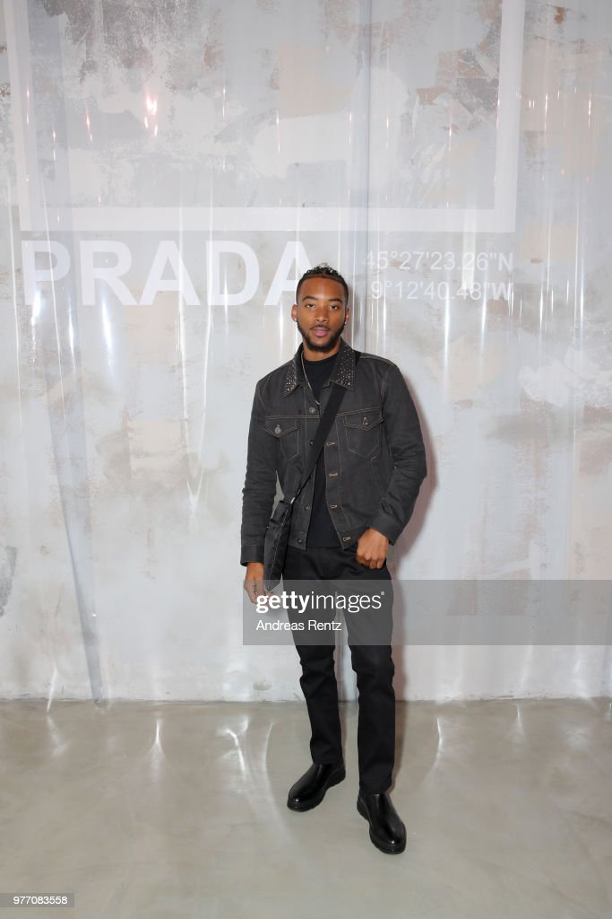 Algee Smith attends Prada Men's Spring/Summer 2019 Fashion Show on June 17, 2018 in Milan, Italy.
