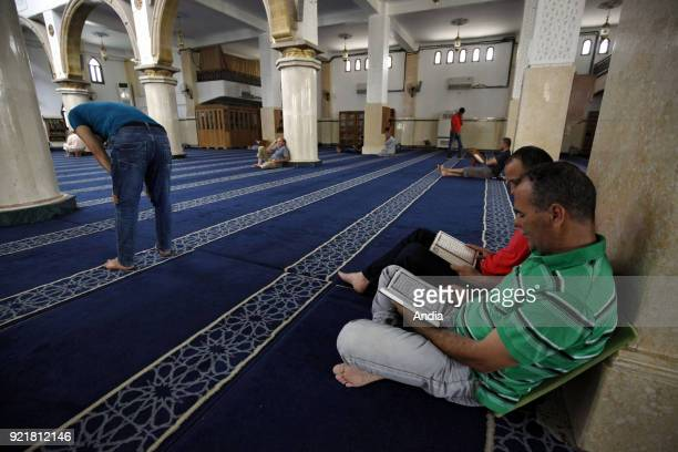 Algerian Muslims reading the Koran in a mosque in Boufarik on the tenth day of Ramadan