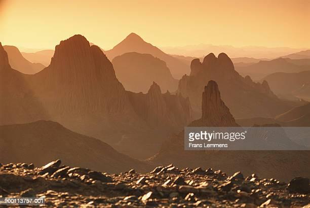 algeria, sahara desert, hoggar mountains, sunrise - アルジェリア ストックフォトと画像