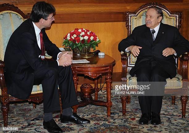 Algerian President Abdelaziz Bouteflika meets Dutch Foreign Minister Maxime Verhagen at the presidential palace in Algiers on November 26 2008...