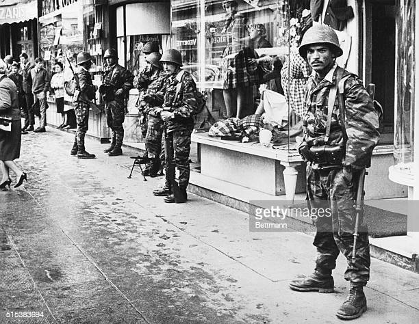 Algerian soldiers protecting shopping areas in Algiers during fight for independence from France 1963 [sic]