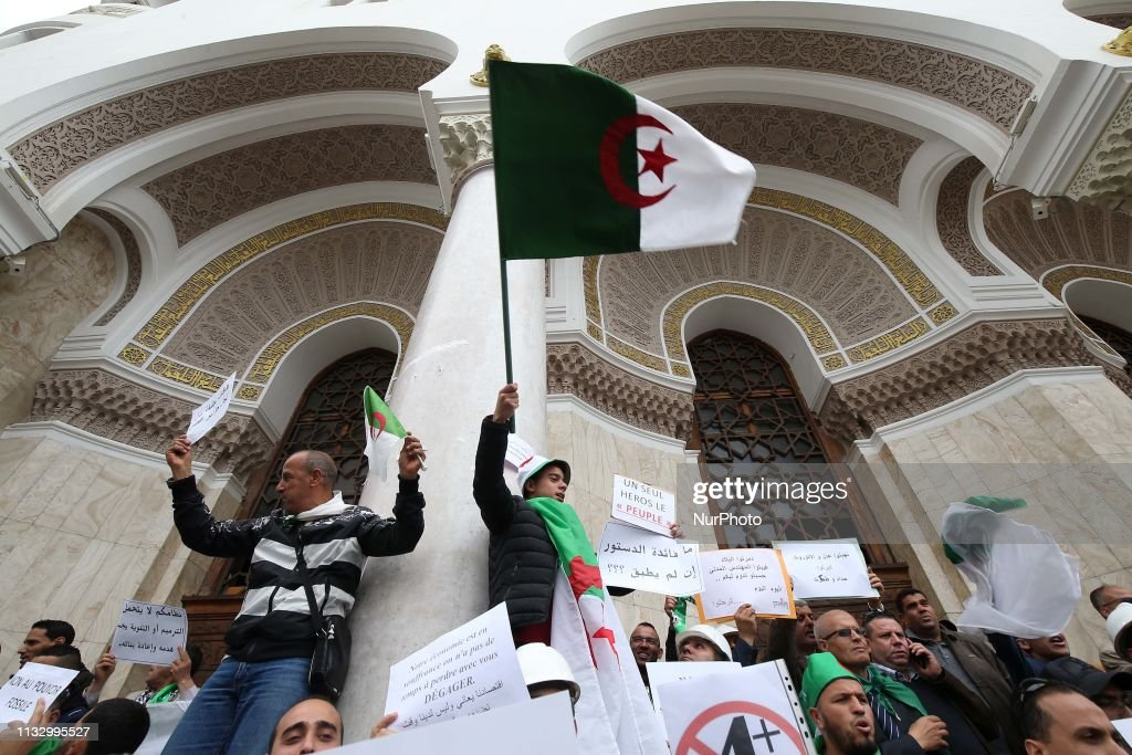 DZA: Students Manifest Against Bouteflikan In Algiers