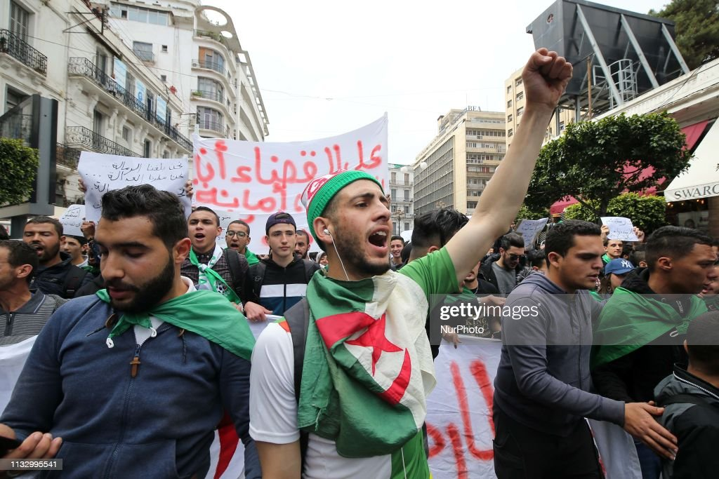 Students Manifest Against Bouteflikan In Algiers : News Photo