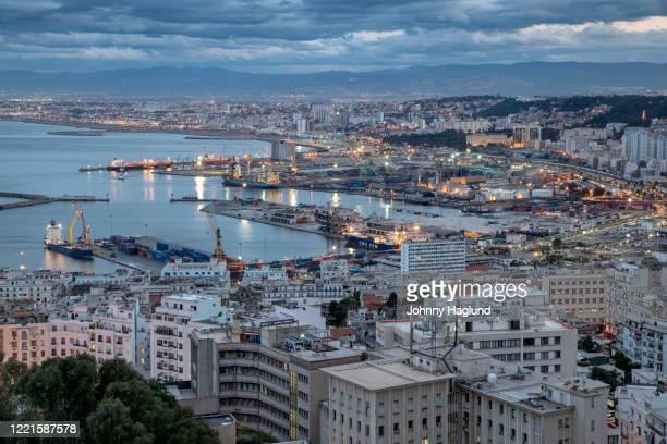 algiers with harbor - アルジェー ストックフォトと画像