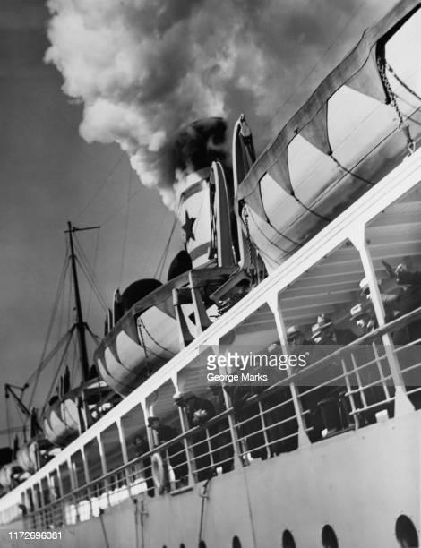 algonquin - 遠洋定期船 ストックフォトと画像