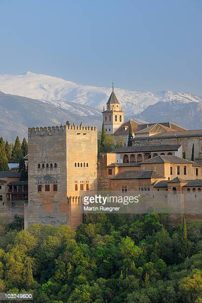 alhambra palace. unesco. - alhambra granada fotografías e imágenes de stock