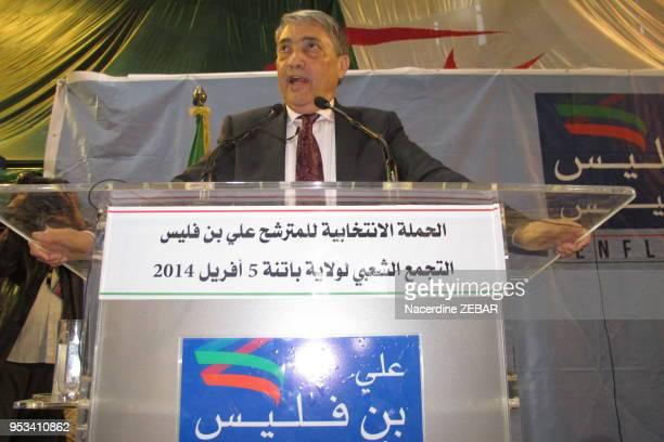 Ali Benflis candidat aux elections presidentielles lors d'un meeting le 5 avril 2014, Batna, Algérie.