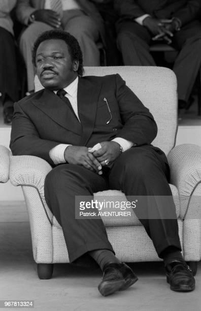 Ali Bongo lors de l'inauguration du train Le Transgabonais à Libreville le 30 décembre 1986 Gabon