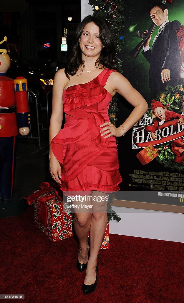 A Very Harold Kumar 3d Christmas.Ali Cobrin Arrives At The A Very Harold Kumar 3d