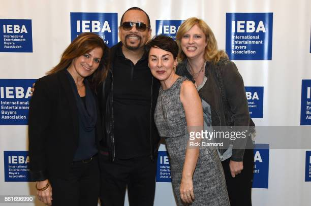 Ali Harnell IceT Pam Matthews and Beverly Keel pose backstage pior to the Keynote QA IceT panel during IEBA 2017 Conference on October 15 2017 in...