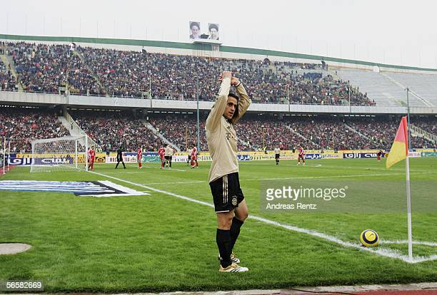Ali Karimi of Bayern Munich waves to the fans during the friendly match between Persepolis Tehran and Bayern Munich at the Asadi Stadium on January...