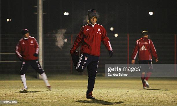Ali Karimi stretches during the Bayern Munich training session at Bayern's training ground Saebener Strasse on February 17 2007 in Munich Germany The...