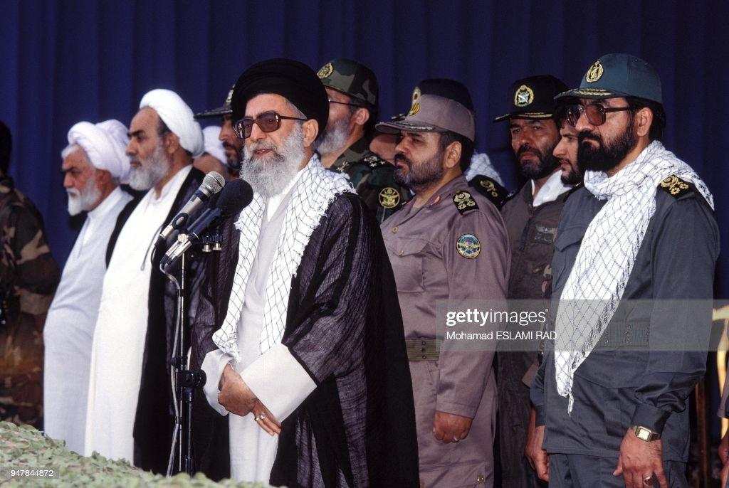 GOLFE PERSIQUE: MANOEUVRES IRANIENNES : News Photo