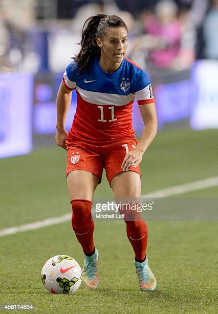 Ali Krieger of the United States controls the ball in the game against Costa Rica in the 2014 CONCACAF Women's Championship final on October 26 2014...