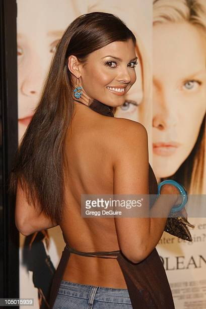 Ali Landry during 'White Oleander' Premiere Los Angeles at Grauman's Chinese Theatre in Hollywood California United States