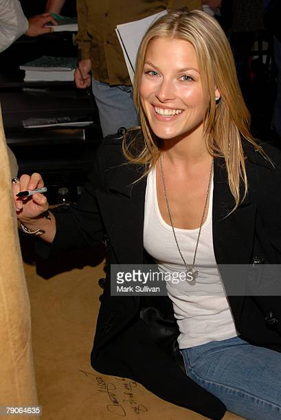 Ali Larter in Backstage Creations Talent Retreat During the 2007 Golden Globes