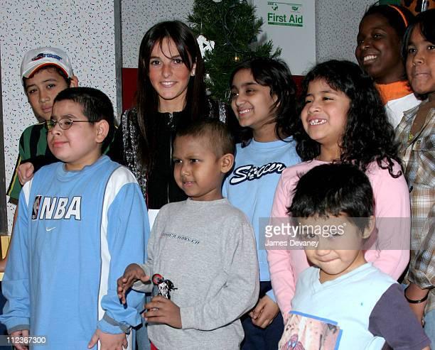 Ali Lohan with Ronald McDonald House children during Ali Lohan Brings Christmas Cheer to Kids with Cancer at the Ronald McDonald House December 7...