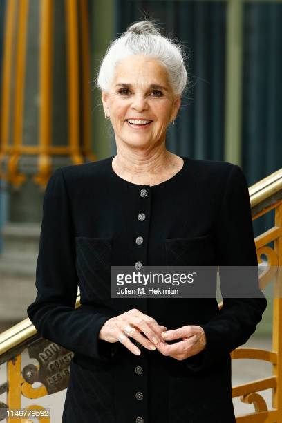 Ali MacGraw attends the Chanel Cruise 2020 Collection Photocall In Le Grand Palais on May 03 2019 in Paris France