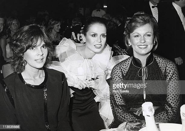 Ali MacGraw Marie Osmond and Phyllis George Brown