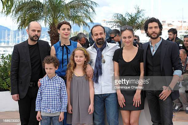 Ali Mosaffa Elyes Aguis Berenice Bejo Jeanne Jestin director Asghar Farhadi Pauline Burlet and Tahar Rahim attend the photocall for 'Le Passe' during...