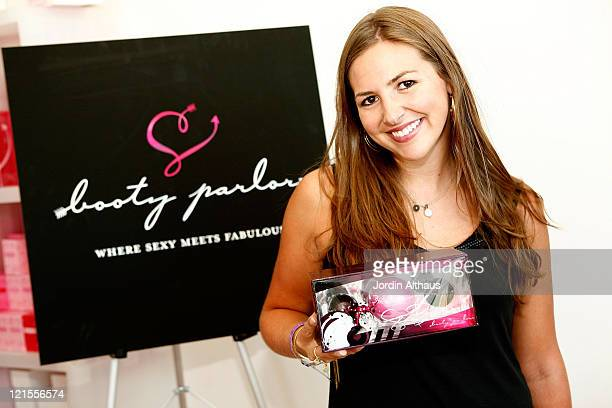 Ali Sims attends the 2007 Kari Feinstein Style Lounge on September 13 2007 in Beverly Hills California