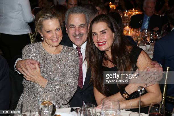 Ali Wentworth Harold Koplewicz and Brooke Shields attend Child Mind Institute 2019 Child Advocacy Award Dinner at Cipriani 42nd Street on November 19...