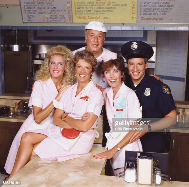 Alice a television situation comedy originally broadcast on CBS Featuring Celia Weston Linda Lavin Beth Howland and Charles Levin In back Vic Tayback...