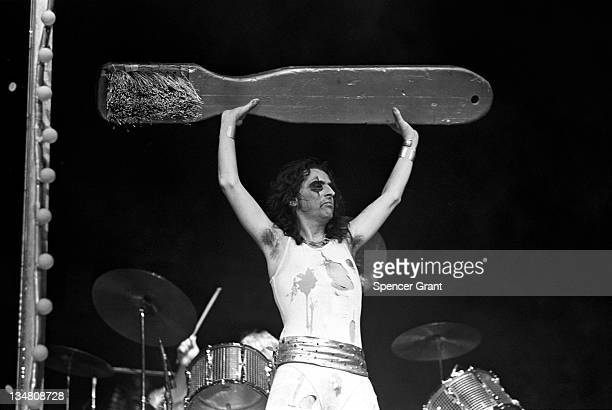 Alice Cooper concert Boston Garden Boston Massachusetts 1972
