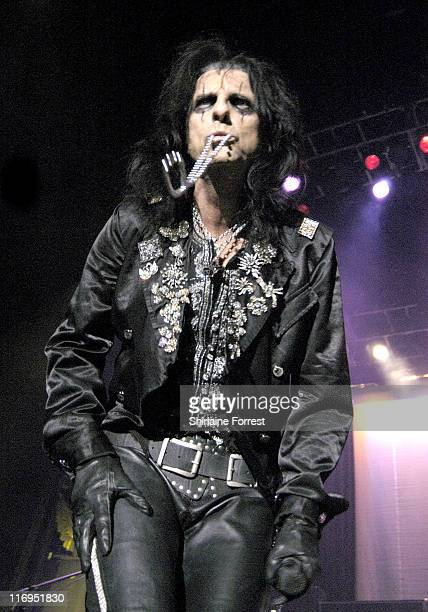 Alice Cooper during Alice Cooper and Twisted Sister in Concert at the Evening News Arena in Manchester November 10 2005 at Evening News Arena in...